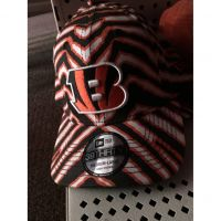 New Era 39THIRTY Jungle Stripe Cincinnati Bengals B Logo Hat