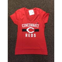 Majestic Fan Fashion Red Cincinnati Reds V-Neck Tee